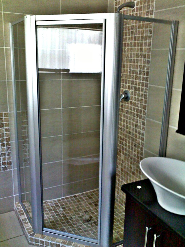 Framed Showers Glass Aluminium Products Services Waverley Pretoria