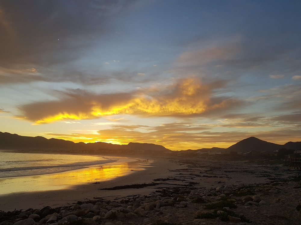 Long Beach, Kommetjie sunrise